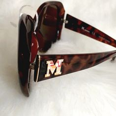 Missoni NWT Tortoiseshell Sunglasses Classic shape and tone with a pop of signature Missoni! Perfect condition, medium darkening, no flaws! Security tag still attached, price removed. Missoni Accessories Sunglasses
