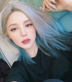 34 Ideas Hair Color Korean Hairstyles Asian Fashion For 2019 Hair Color Purple, Cool Hair Color, Korean Hair Color Ombre, Asian Hair Dye, Korean Hair Dye, Dye My Hair, Super Hair, Pastel Hair, Aesthetic Hair