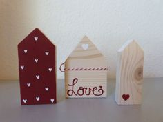 Little wooden house Scrap Wood Crafts, Wood Block Crafts, Wooden Crafts, Small Wood Projects, Craft Projects, Valentine Crafts, Christmas Crafts, Crafts To Sell, Diy And Crafts