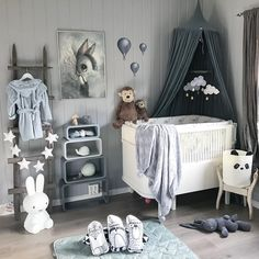 I love this kid's room design. Would be a great decor idea for a baby boy nursery.