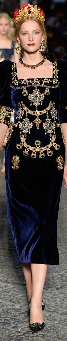 Dolce and Gabbana fall 2016 alta moda- couture