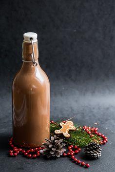 Hot Sauce Bottles, Diy Gifts, Liqueurs, Christmas, Alcohol, Xmas, Navidad, Noel, Natal
