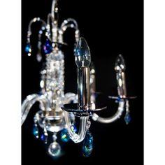 Niebieski kryształowy żyrandol #bluechandelier #niebieskiżyrandol #crystalchandelier