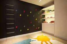 Roselind Wilson Design の モダンな 子供部屋 Play Room