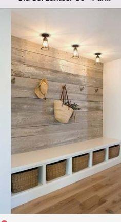 Farmhouse bench diy kitchen 18 ideas for 2019 - Renovieren etc. - Home Stair Wall Decor, Entryway Decor, Entryway Ideas, Entry Foyer, Hallway Decorations, Hallway Ideas, Wall Bench, Hallway Inspiration, Bench Decor