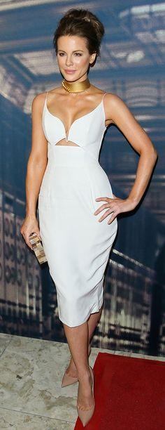 Kate Beckinsale looks stunning in a white Zimmermann dress