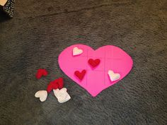 Mommy Lessons 101: 5 last minute cheap and easy valentine party ideas... including Minute to Win-It ideas...