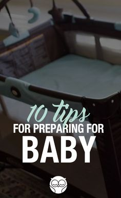 Newborn Hacks to Make Mom Life Easier Life with a new baby is beautiful, but it isn't exactly a walk in the park. First Baby, Mom And Baby, Our Baby, Baby Boy, Kids Fever, Baby Fever, 5 Weeks Pregnant, I'm Pregnant, It's All Happening