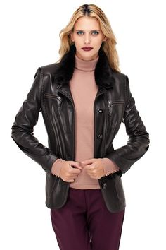 Deride modanın adresi!  #trendy #fashion #leather #hip #leatherjacket #dericeket #deri  www.derimod.com.tr