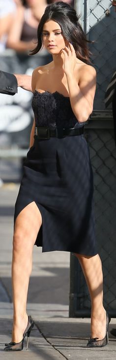 Selena Gomez flaunts her incredible legs in a navy dress with a thigh-high slit and a lacy bustier Selena Gomez Black Dress, Selena Gomez Photos, Celebrity Updates, Celebrity Outfits, Celebrity Style, Love Fashion, Girl Fashion, Fashion Outfits, Fashion Spring