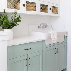 start {in my mind}! Loving this blue/green paint color by called Wythe Blue in this laundry room. So beautiful! Im green with envy! Blue Kitchen Cabinets, Laundry Room Cabinets, Green Cabinets, Painting Kitchen Cabinets, Kitchen Paint, Benjamin Moore Wythe Blue, Benjamin Moore Kitchen, Light Green Bathrooms, Blue Laundry Rooms