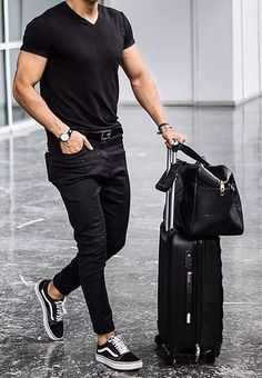 Vans Outfit Men, Black Outfit Men, Polo Outfit, Denim Outfit, Denim Shirt With Jeans, Denim Shirts, Black Ripped Jeans, Polo T Shirts, Best Casual Wear For Men