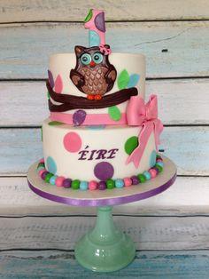 Owl's Cake for a little girl 1st Birthday.