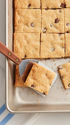 If chewy chocolate chip cookies are your favorite, these four-ingredient Soft-Baked Chocolate Chip-Cream Cheese Cookie Bars  will blow your mind! An ideal last-minute dessert or bake-sale goodie.