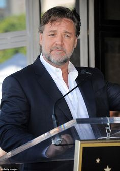 Russell Crowe takes another swipe at Virgin Airlines, two days after being refused entry onto an aircraft due to hoverboard carry-on luggage. Mens Plus Size Fashion, Gladiator Movie, Andy Garcia, Russell Crowe, You Are Cute, We Are Young, Stephen Amell, Upcoming Movies, Hair And Beard Styles