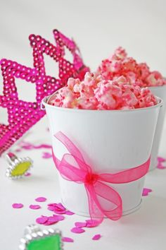 Learn how to make this pretty pink party popcorn!
