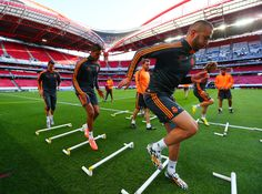 Intense supplementary football training | Image source: Soccer.com