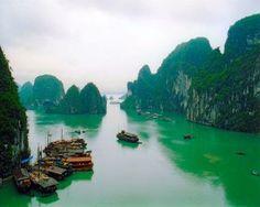 Halong Bay, Vietnam – Travel Guide