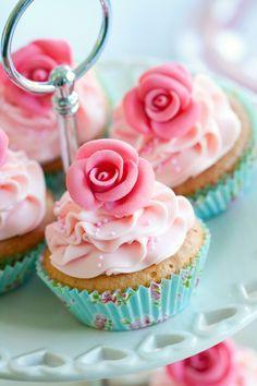#Cupcakes wall mural for your #homedecor #art #artforsale #wallmurals #interiordecor #interiordecorideas #interiordecortips #homedesign #decor #sweets #cake #pastry #kitchendecor #pink #blue
