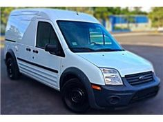 Ford Transit Connect 2011, Ford Puerto Rico