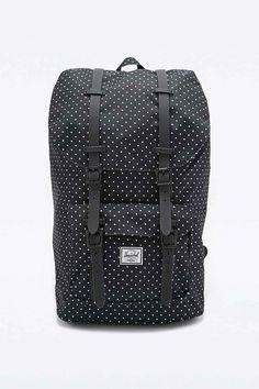 41a58a387ae2 Herschel Little America Backpack in Navy and Black Herschel Rucksack, Bleu  Marine, Urban Outfitters