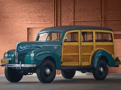 Marmon-Herrington Ford 4x4 Woodie Wagon