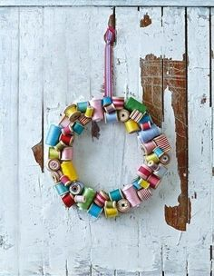 Thread Spools   50 Unexpected Wreaths You Can Make Out Of Anything