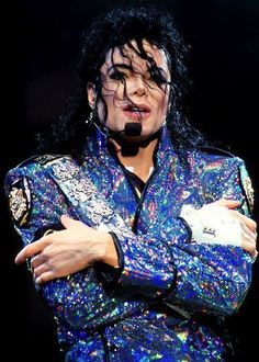 Follow board ►Michael Jackson ♕ King Of Pop◄   by  ⒶⓇⓉ✪ⓂⓄⓃⓈⓉⒺⓇ
