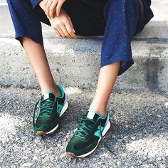 Sneakers femme - New Balance vert forêt (©publishbrandhers)