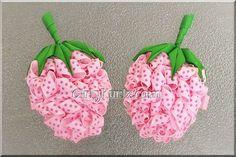 PINK Strawberry Kurly Pom Pom Hair Bow Strawberry door GirlyKurlz, $17.00
