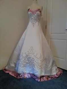 Newly ordered in white satin with True Timber PINK SNOWFALL.  Getting raves reviews!