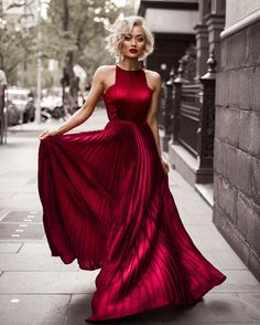 Micah Gianneli - Like flowing red wine This @whiterunway gown is everything!❤️