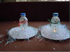 snowmen to make with your favorite toddlers This site has amazing craft ideas with kids.