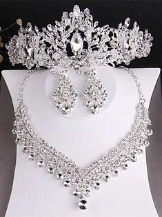 Wedding Jewelry Sets, Jewelry Party, Hair Jewelry, Wedding Accessories, Hair Accessories, Jewelry Gifts, Jewelery, Wedding Party Hair, Wedding Veil