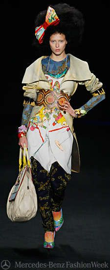 Eccentric Clown Gowns - Basso & Brooke At Berlin Fashion Week (GALLERY)