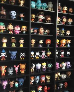 Everything Disney 😍 Funko Pop Dolls, Funko Pop Figures, Pop Vinyl Figures, Pop Figures Disney, Deco Disney, Pop Disney, Disney Pixar, Funko Pop Shelves, Funko Pop Display