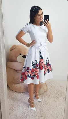 Girls Fashion Clothes, Teen Fashion Outfits, African Fashion Dresses, Look Fashion, Clothes For Women, Skirt Outfits Modest, Modest Dresses, Casual Dresses For Women, Cute Prom Dresses