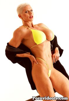 Goddess Heather bikini posing