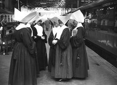 Daughters of Charity of Saint Vincent de Paul waiting at Euston Station, London, late Daughters Of Charity, Bride Of Christ, Religion, Vintage London, By Train, London Photos, Documentary Photography, Photojournalism, Vintage Photography