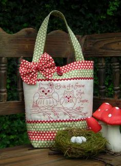 Hoot Together - Bag Pattern - by The Rivendale Collection - $12.00 : Fabric Patch, Patchwork Quilting fabrics, Moda fabric, Quilt Supplies, Patterns