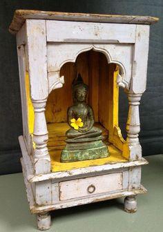 ANTIQUE, VINTAGE INDIAN WOODEN HOME SHRINE, HINDU TEMPLE. JODHPUR, RAJASTHAN.