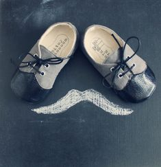 Baby Boy Shoes Infant Boy Shoes Soft Soled Shoes por BitsyBlossom, $38.00