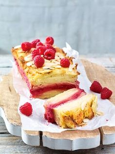 A great dessert with apples and raspberries! - Easy And Healthy Recipes Tolle Desserts, Ww Desserts, Great Desserts, Dessert Recipes, Dessert Healthy, Apple Recipes, Sweet Recipes, Flan Dessert, Dessert Aux Fruits