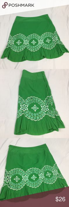 Maxine Green & White Cut Out Pattern A-line Skirt Adorable Maxine Kelly Green A-line skirt. Has doily style cut out pattern detail and sweet ruffled hem. Side zip. 100% cotton. No size tags but the waist is 32 inches and the length is 21 inches. Great, like-new condition Skirts A-Line or Full