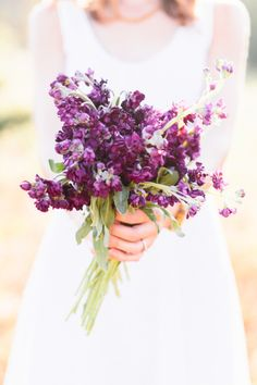 Purple bouquet: http://www.stylemepretty.com/maryland-weddings/2015/04/01/catoctin-mountain-retreat-engagement-session/ | Photography: Bonnie Sen - http://bonniesen.com/