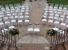 Wedding ceremony. #cerimonia   Set and Floral design by Nozze e dintorni   www.nozzeedintorni.com