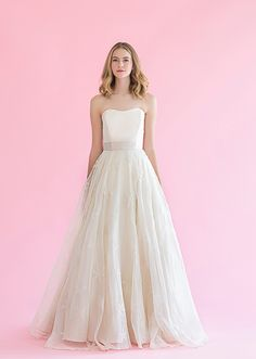 Caroline DeVillo is availabe at the Nordstrom Wedding Suite/Downtown Seattle.