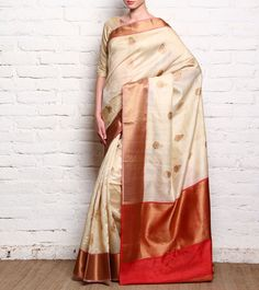 Off White Handloom Tussar Silk Saree With Unstitched Blouse Piece