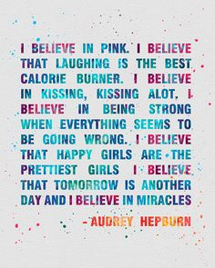 OMGQuotes will help you every time you need a little extra motivation. Get inspired by reading encouraging quotes from successful people. Citations Audrey Hepburn, Audrey Hepburn Quotes, Cute Quotes, Great Quotes, Quotes To Live By, Believe Quotes, Top Quotes, Positive Quotes, Motivational Quotes