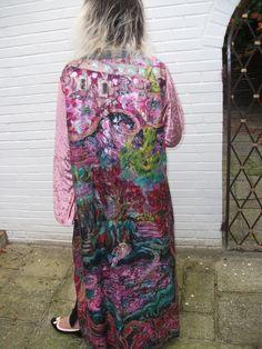 Handpainted silkcoat size XL. flowers silk painting pink coat coat silk coat long coat painted coat plus size coat size XL coat artificial velvet large silk coat large size 95.00 EUR #goriani